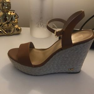 Cleaning out my closet!! Micheal Kors wedges 10